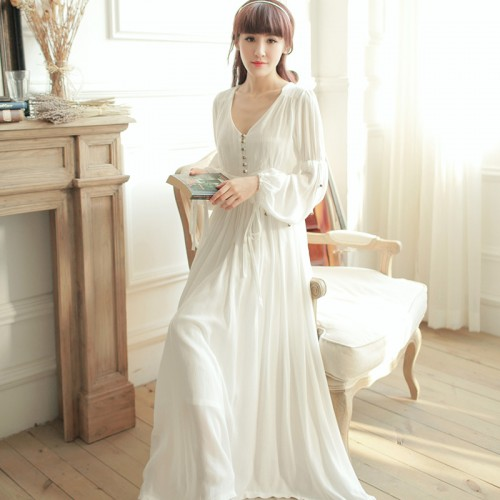 HOT SALE Retro Royal Princess Nightgowns Women White Long Sleeping Dress Sexy V-Neck Cotton Long-Sleeved Nightdress